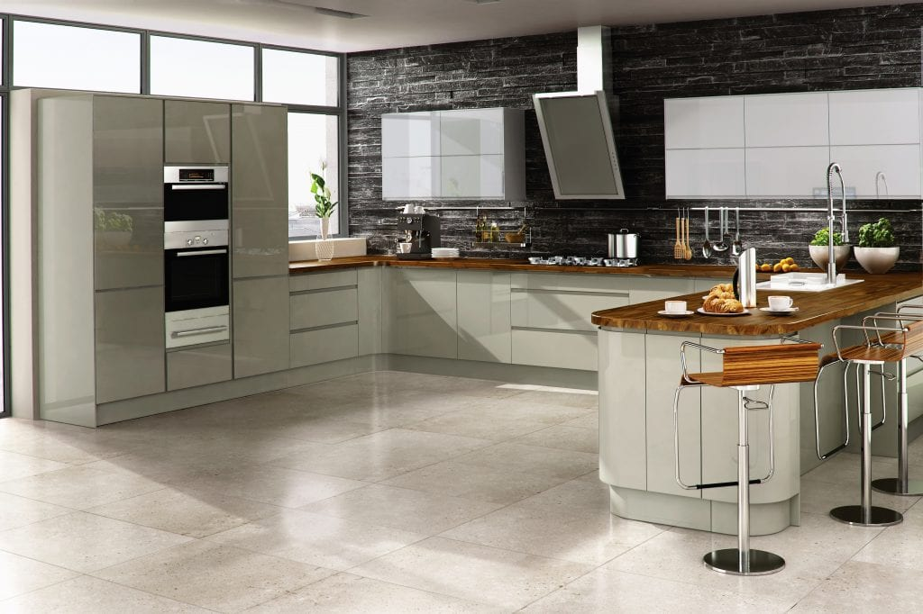 Vouge Dakar kitchen in gloss finish