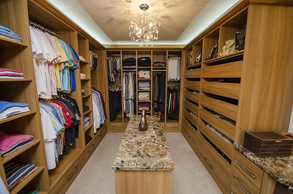 walk in storage for bedroom