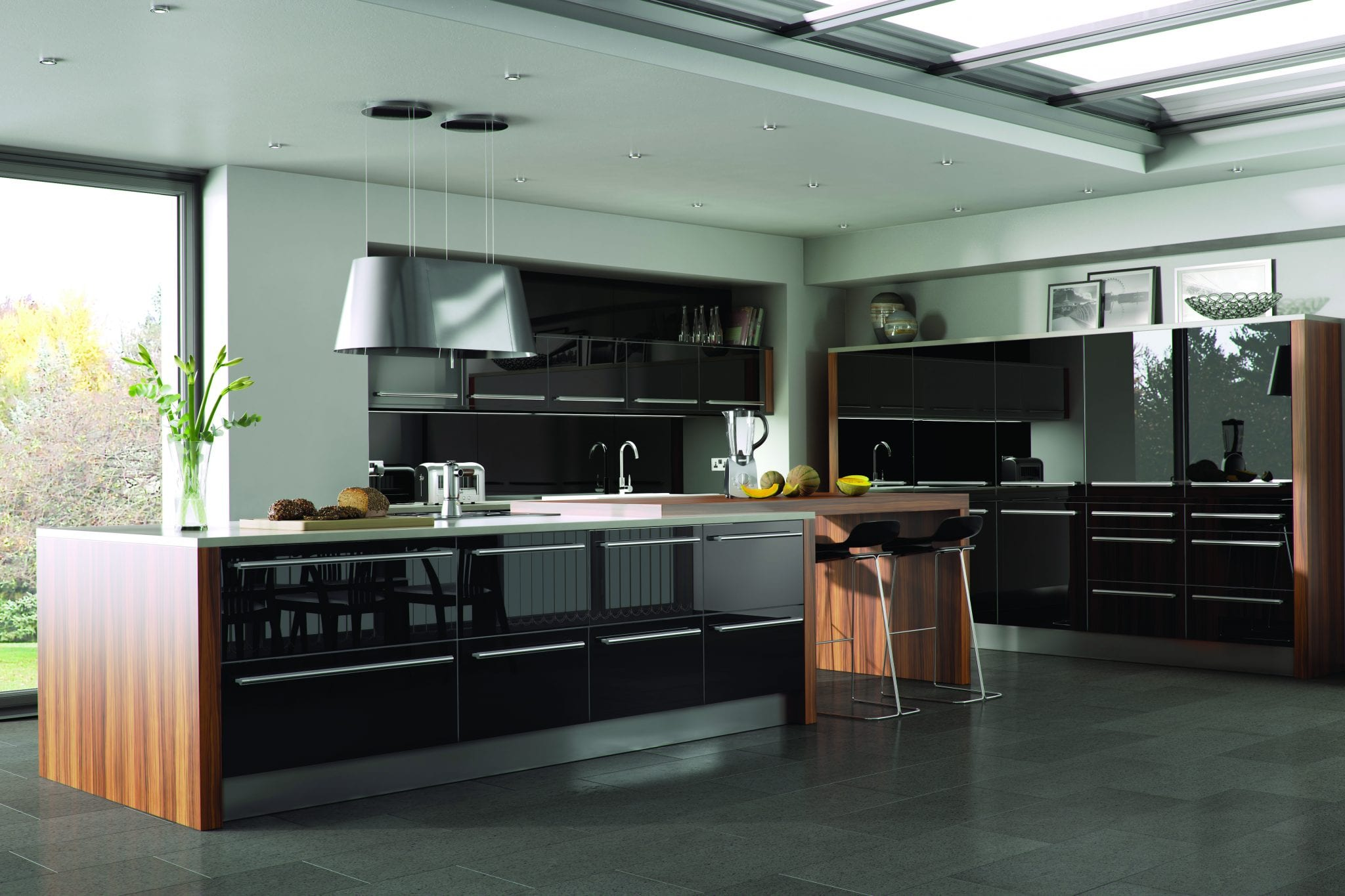 Genoa kitchen in black gloss